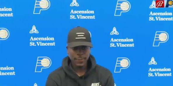阿龙-霍勒迪:我就是上场努力打球,拼尽全力帮助球队赢球