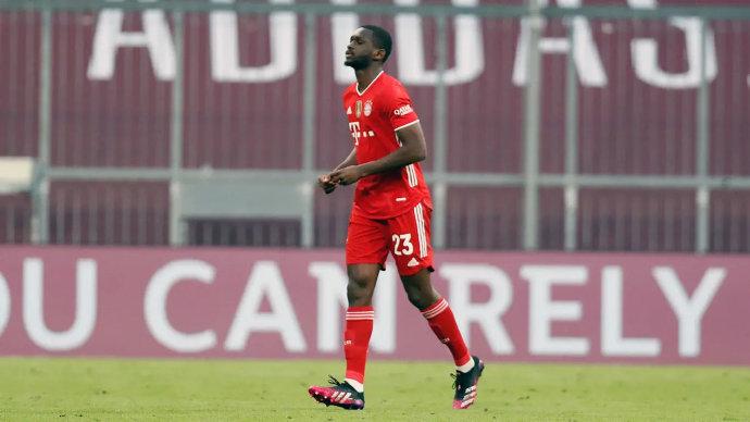 德国足协:库阿西因在对阵门兴比赛中的红牌被停赛两场