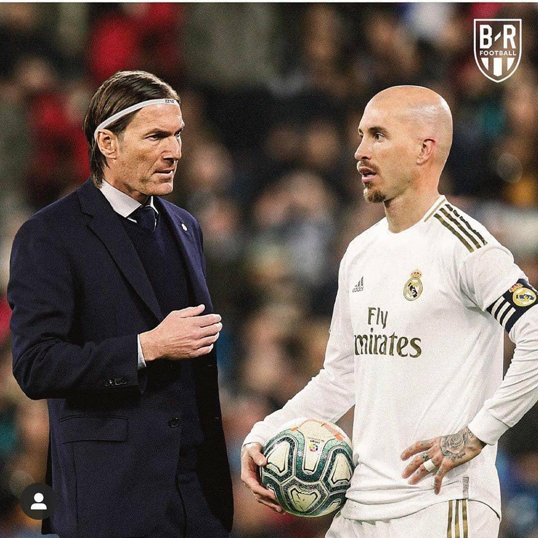 B/R : 教练与球员换发型  足球话题区