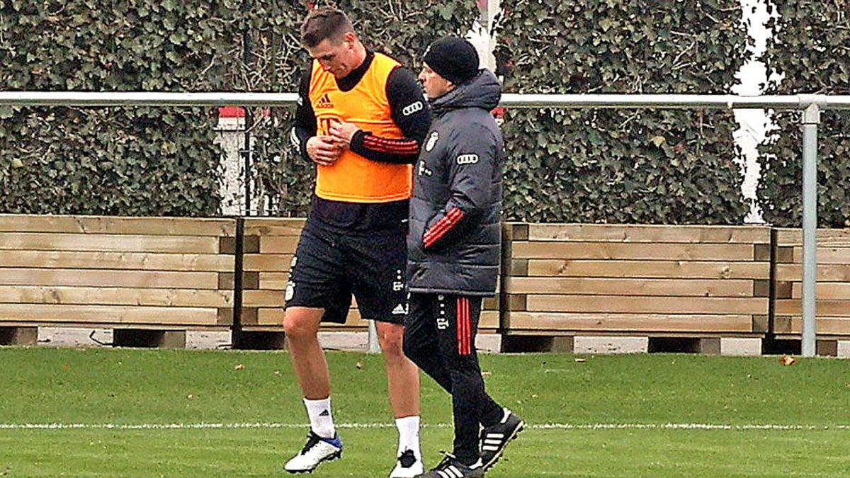 图片报:聚勒将进入对斯图加特大名单,阿方索完成有球训练