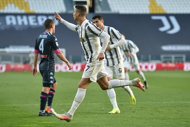 半场:小基耶萨助攻C罗低射破门,尤文图斯1-0那不勒斯