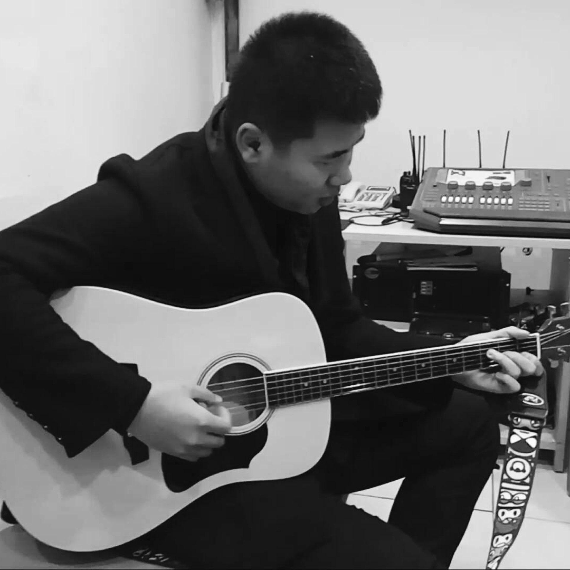 歌手刘鑫磊