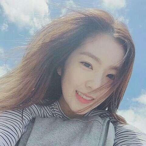裴珠泫Irene