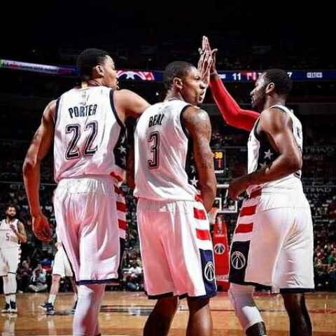 篮球生涯只为墙