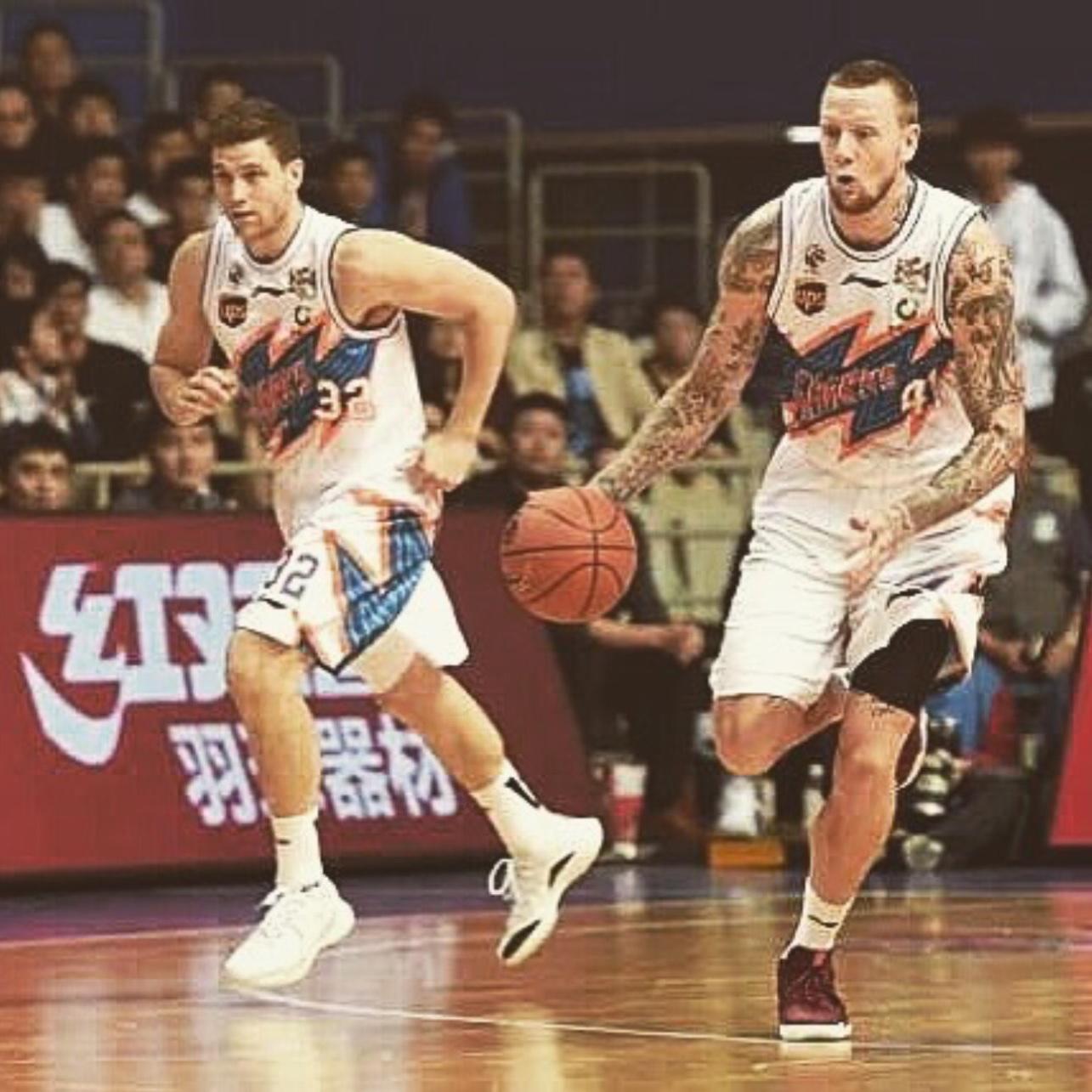上海篮球深度报道