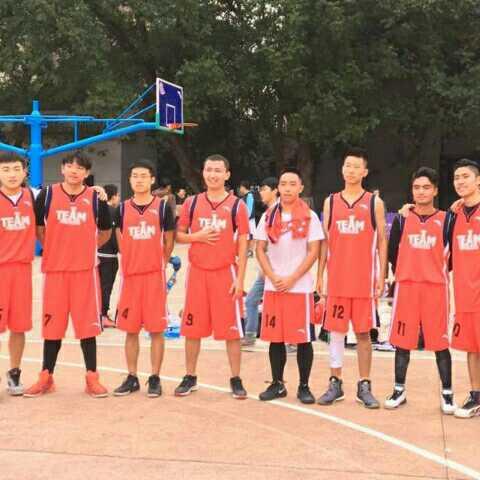 爱篮球无悔